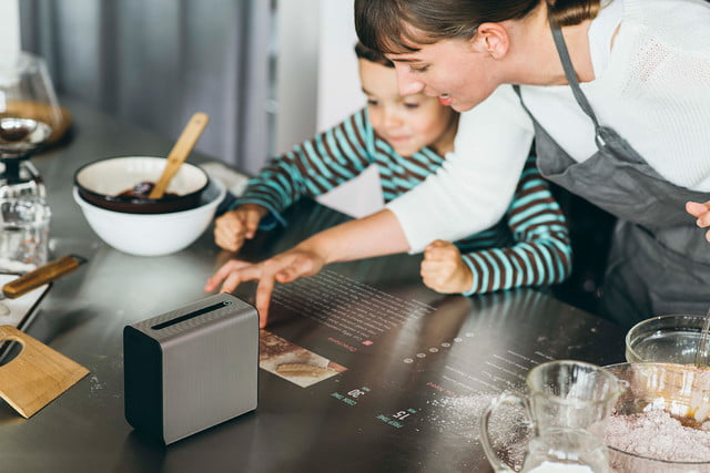 sony xperia touch mwc 2017 01 kitchen gal