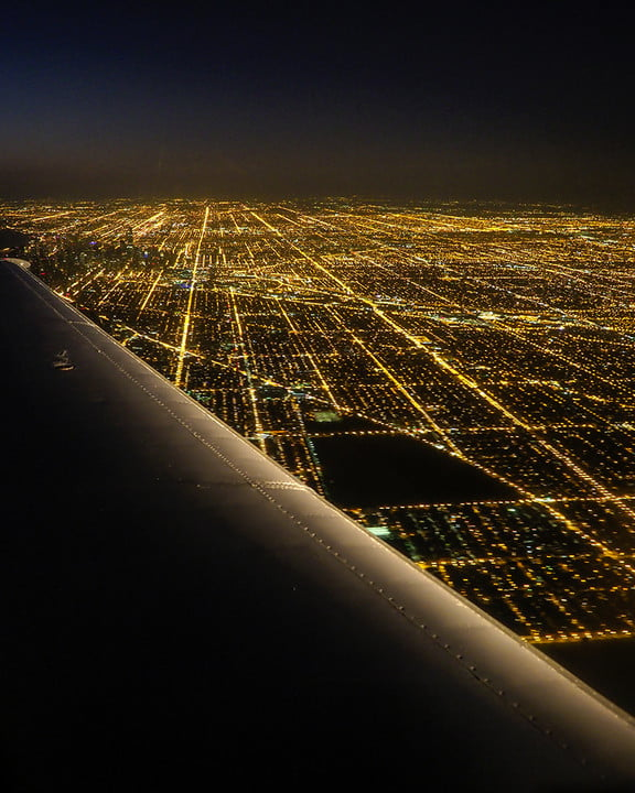 photographer jay dickmans adventurous spirit 02 landing in chicago 4x5