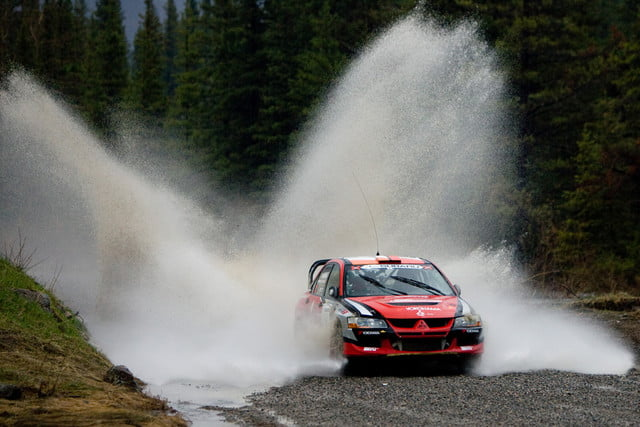 wet driving tips hydroplaning rain andrew comrie picard acp13