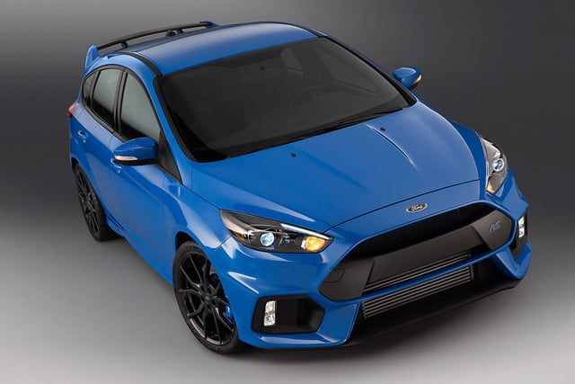 ford focus rs pricing performance specs news 16fordfocusrs 02 hr