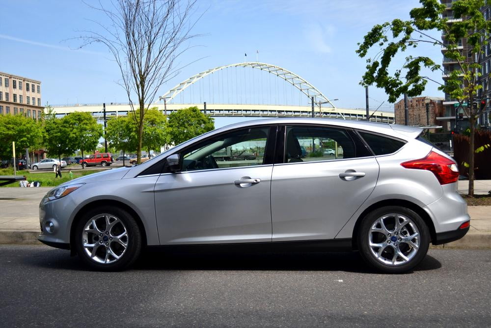 2012 ford focus sel review side park - Ford Focus 2012