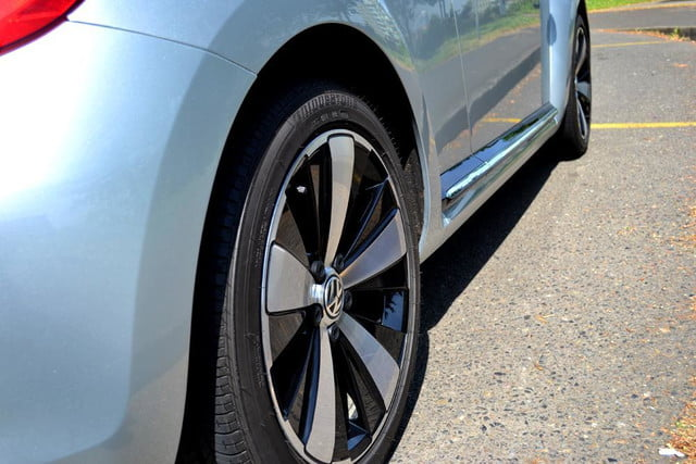 2012 volkswagen beetle review wheels