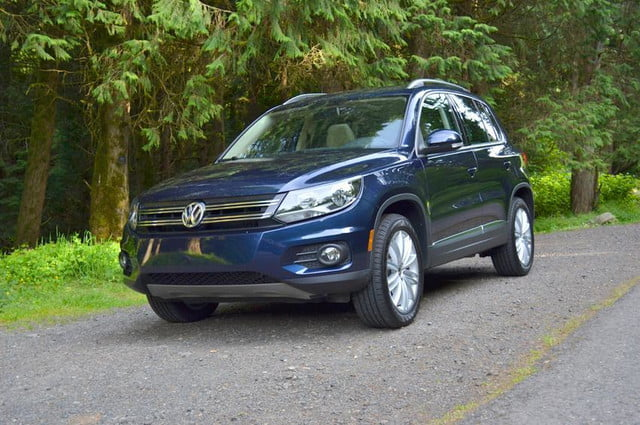 2012 volkswagen tiguan review front right