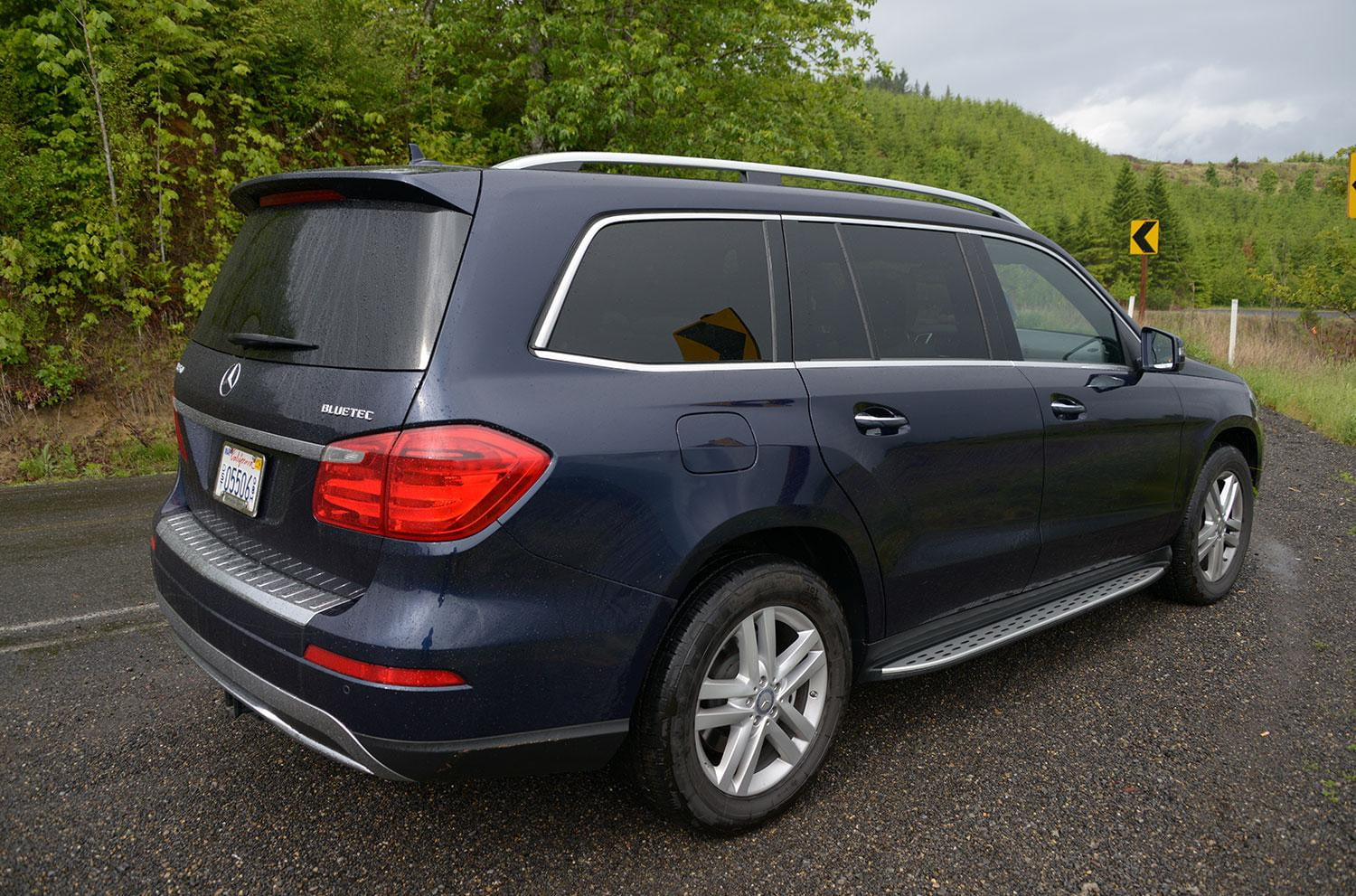 2013 mercedes gl350 bluetec review digital trends. Black Bedroom Furniture Sets. Home Design Ideas