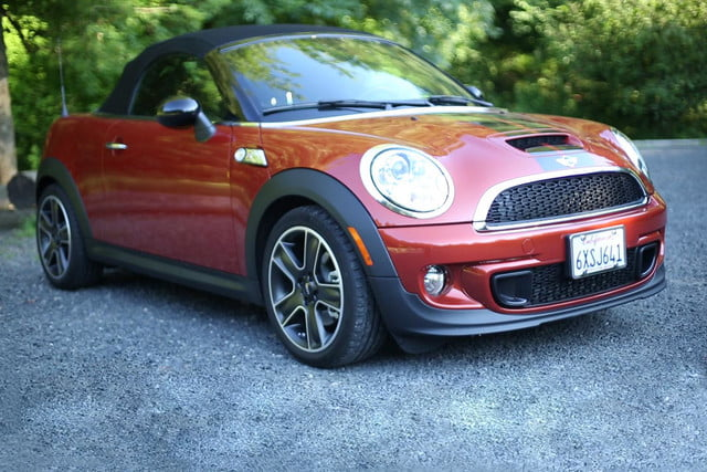 2013 MINI Cooper S Roadster exterior front right angle