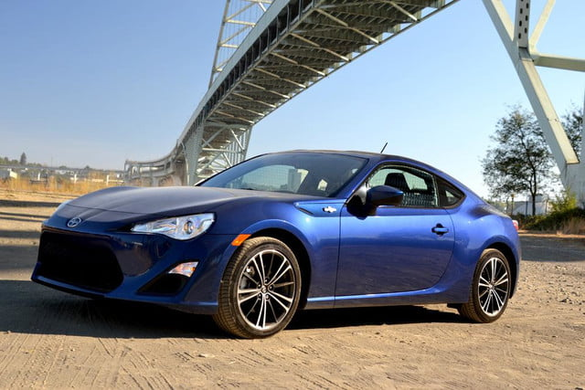 2013 scion fr s review exterior front angle close