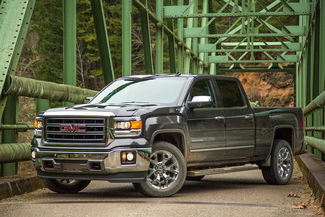 2014 GMC Sierra 1500 4WD front angle