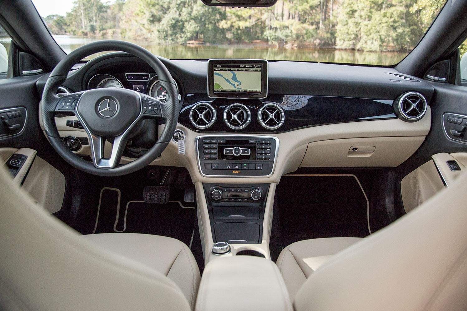 2015 mercedes benz cla250 review digital trends. Black Bedroom Furniture Sets. Home Design Ideas