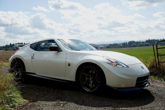 2014 Nissan 370Z NISMO front left angle