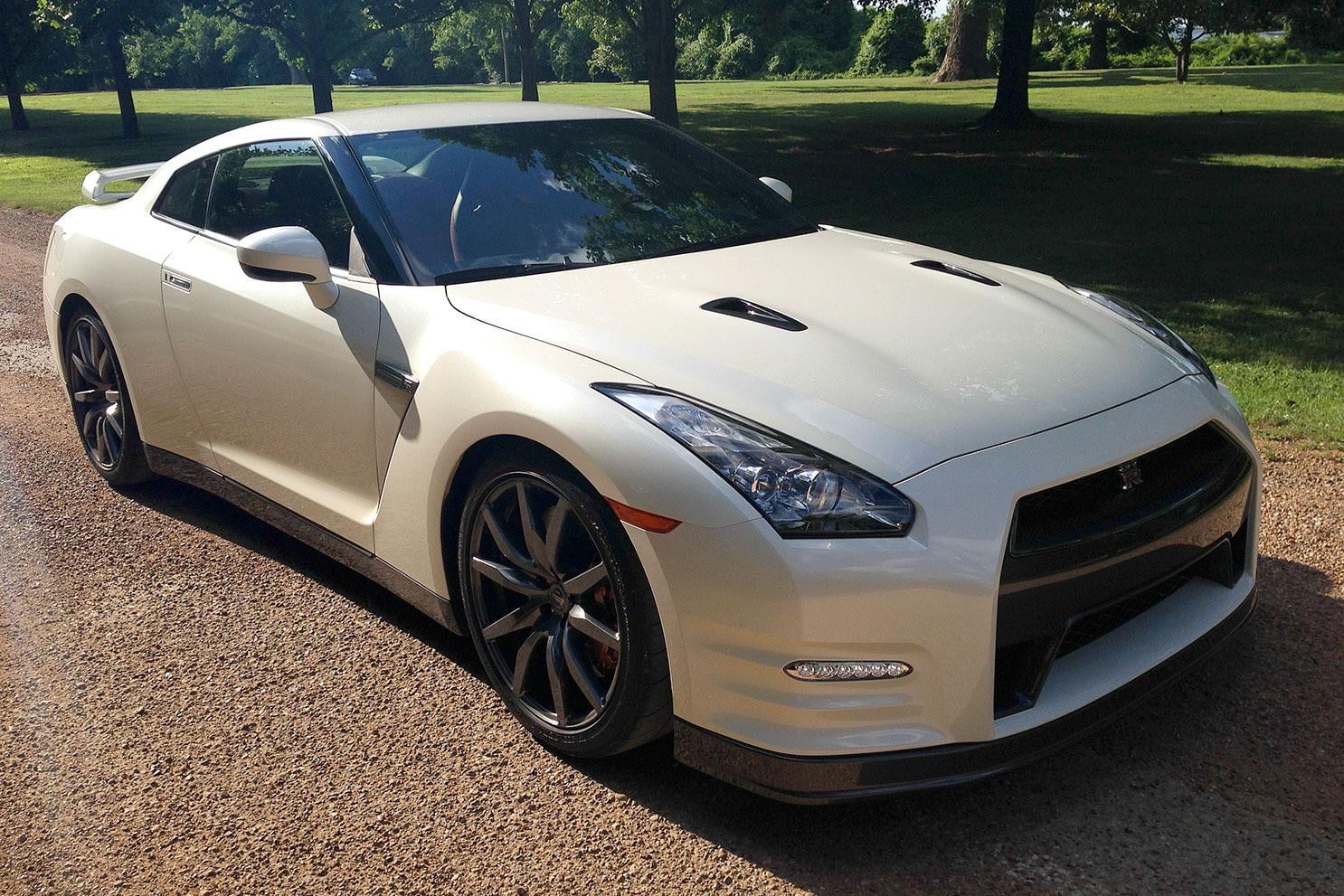 2014 Nissan GT-R review | Digital Trends