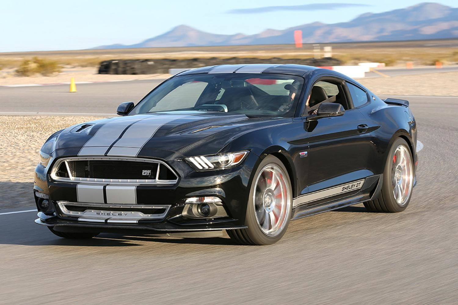 2015 ford shelby gt mustang official pictures and specs digital trends