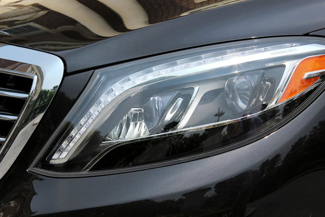 2015 Mercedes Benz S550 headlight angle