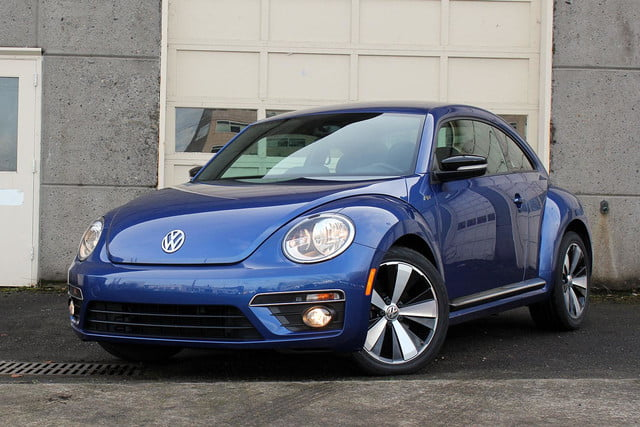 2015 volkswagen beetle r line review digital trends. Black Bedroom Furniture Sets. Home Design Ideas