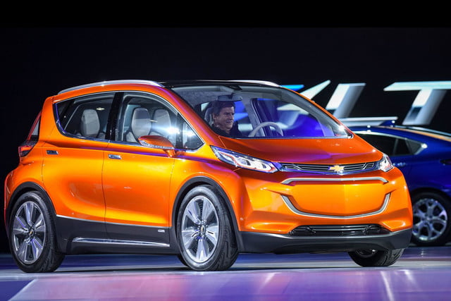 chevrolet will build electric bolt concept 2016 ev 001