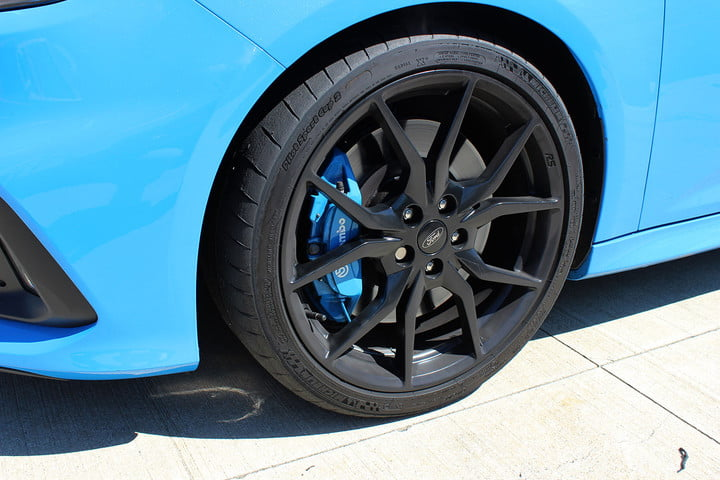 2016 ford focus rs first drive front tire ful