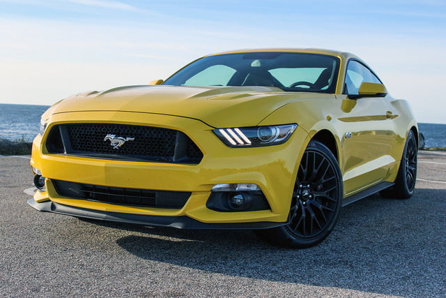 2016 Ford Mustang Gt Top Angle V4