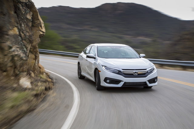 Watch the 2016 Honda Civic mitigate crashes like a boss in these autonomous safety clips