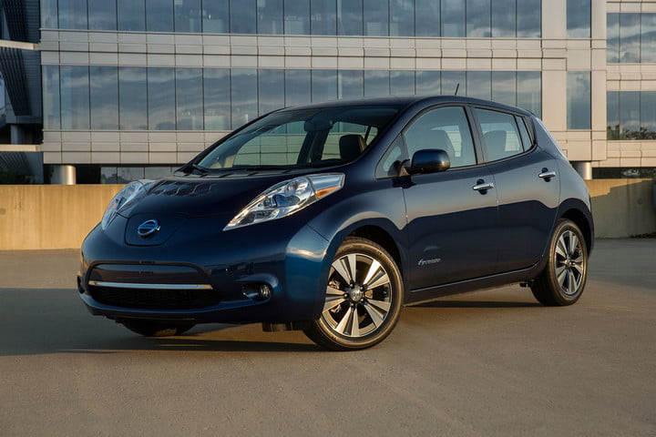 It S Hening The Next Generation Nissan Leaf Will Have A 200 Mile Range
