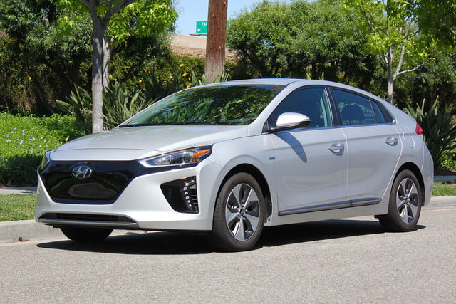 2017 Hyundai Ioniq Electric Review Digital Trends