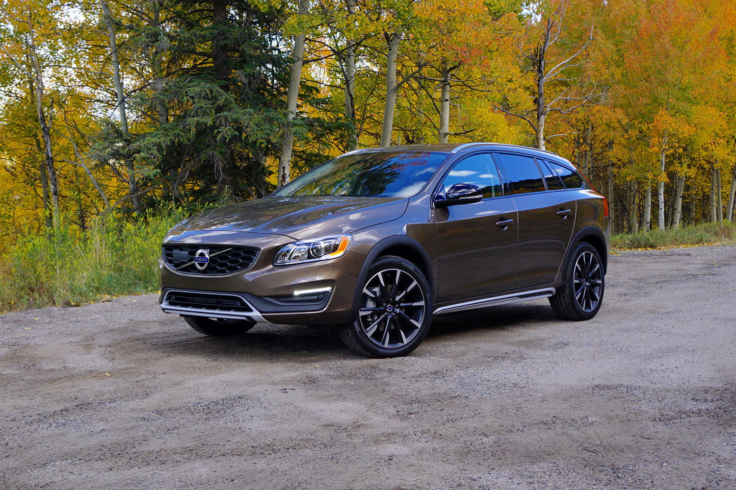 2017 Volvo V60 Cross Country First Drive Price And More Digital Trends