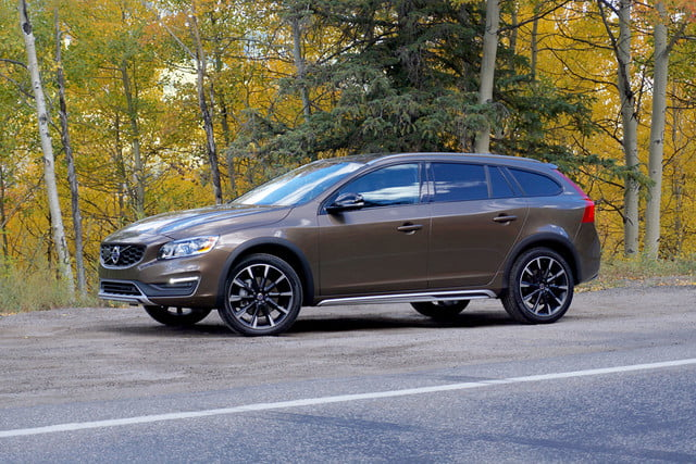 2017 Volvo V60 Cross Country First Drive Side Angle 2