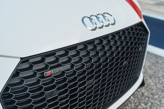 2018 audi r8 v10 coupe rws s tronic review 18