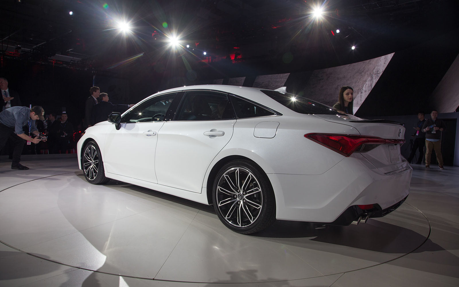 2019 Toyota Avalon Ditches Humdrum Design For Something