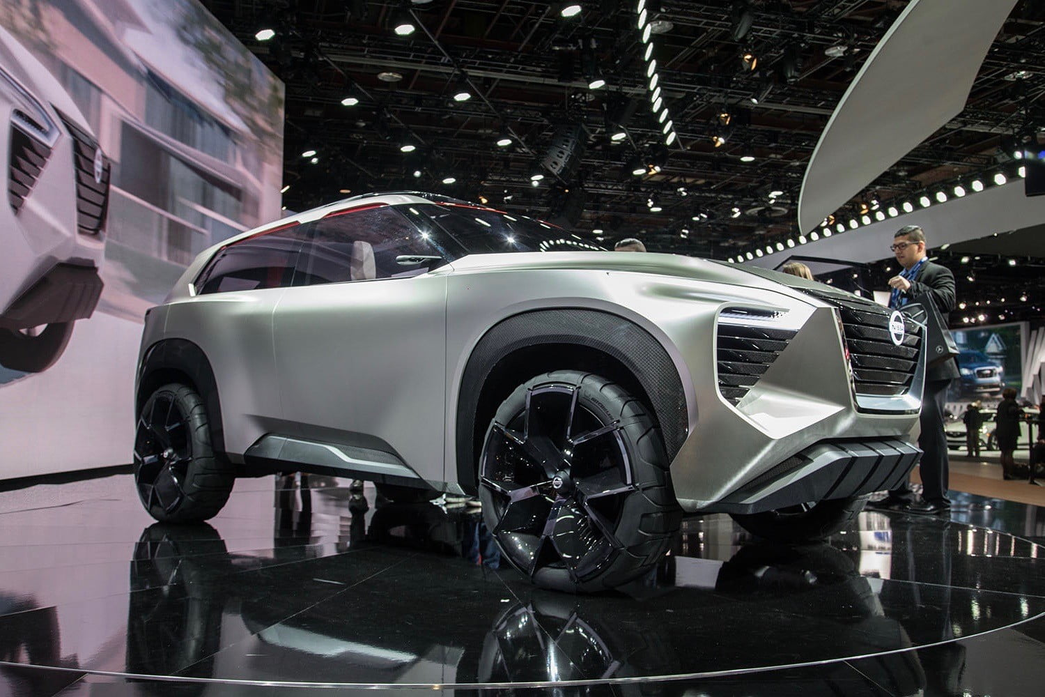 Nissan Xmotion Concept Photos Details And Specs Digital Trends