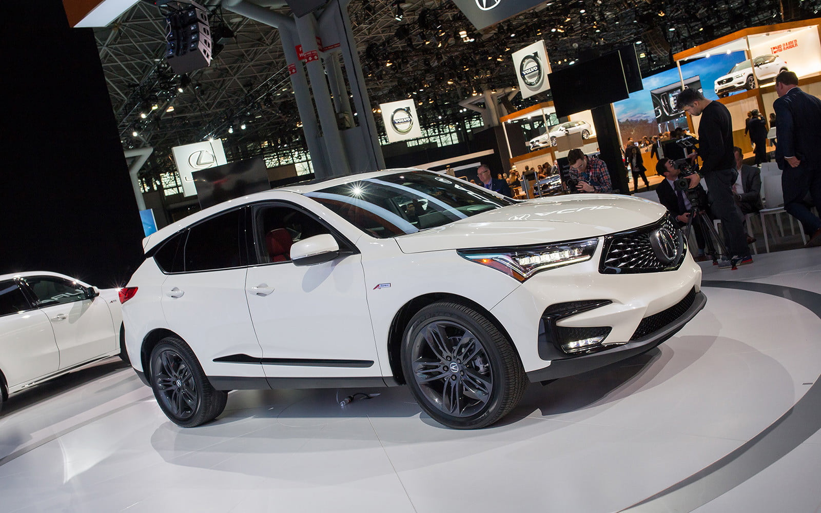 A Completely Redesigned 2019 Acura Rdx Arrives In New York Digital