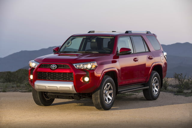 2018 Toyota 4runner Continues Winning Sales Without Assist Tech