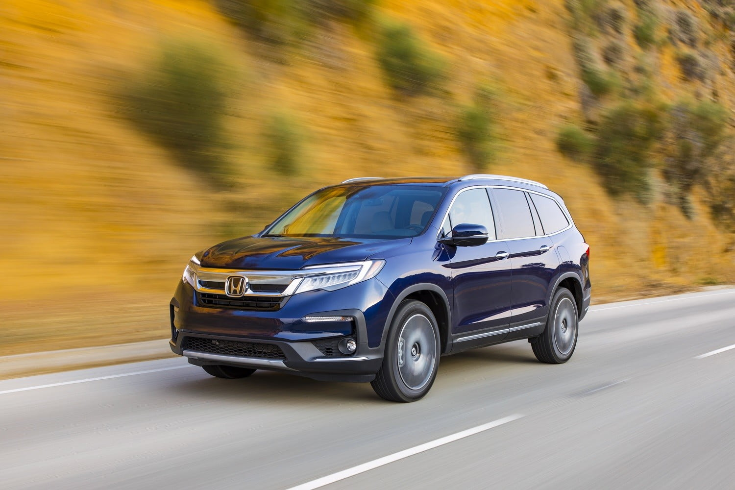 Honda Pilot Vs Toyota Highlander 2019 Elite