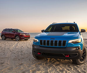 No longer an ugly duckling, Jeep's new Cherokee still likes to play in the mud