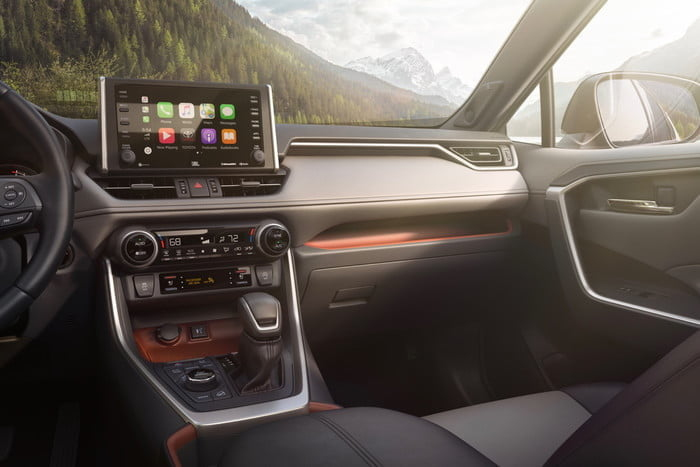 What Is Le Carplay 2019 Toyota Rav4 22 C0a427a8ba2dc4d2a358f1fd4420d76aee8fc907 700x467 C