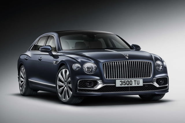 Bentley Flying Spur aims to balance old-school luxury with modern agility
