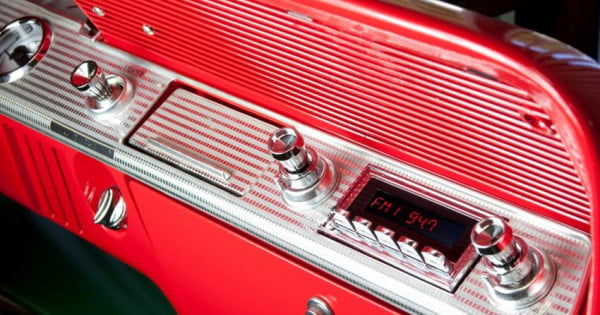 Retrosound Model Two Your Classic Car Can Now Have