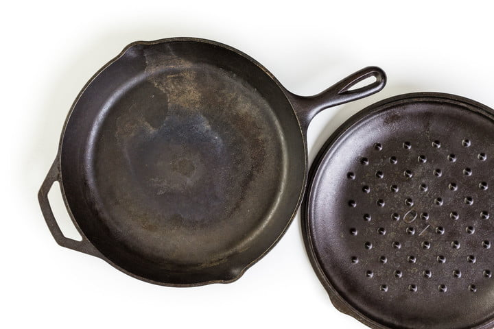 cast iron skillet how to 51893645  traditional on a white background