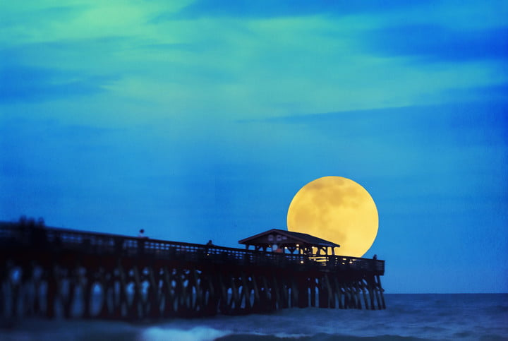 Photo op: The biggest supermoon in 30 years is coming in 2 weeks
