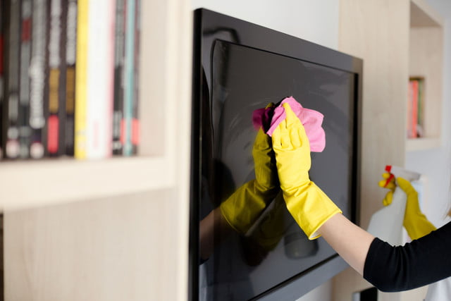 how to clean your lcd hdtv screen