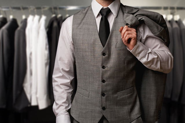 6 tips to simplify the suit-buying process