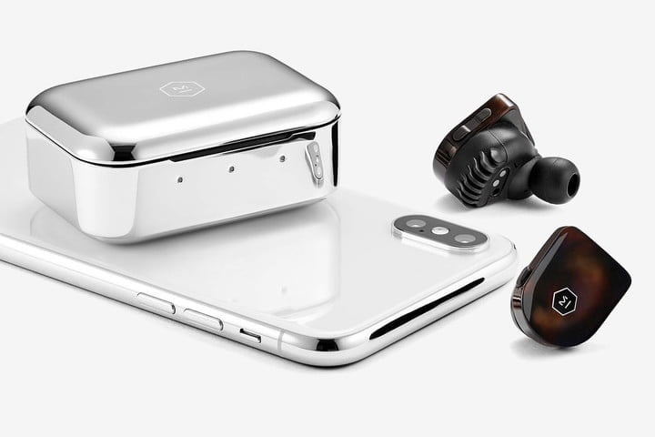 Apple AirPods alternatives Master & Dynamic MW07