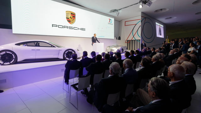 500hp porsche 911 speedster coming in 2019 as limited edition model 934976 1
