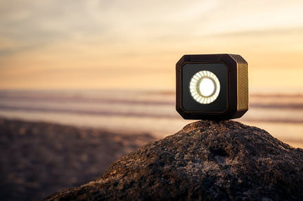 956ca435191905074f4a80df70548475 original 440x292 c - Golf ball-sized Lume Cube Air is a pocketable LED for photos and video