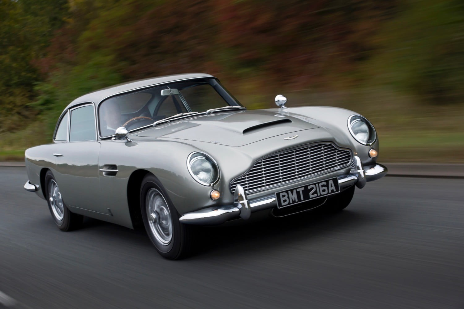 Good Aston Martin DB5