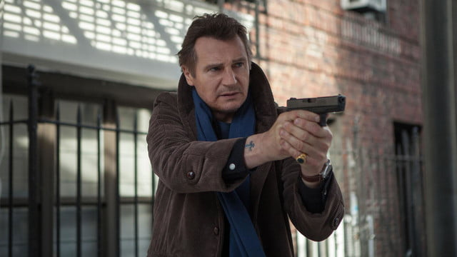 a walk among the tombstones review screenshot 7