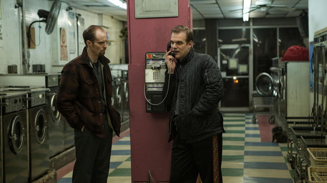 a walk among the tombstones review screenshot 9
