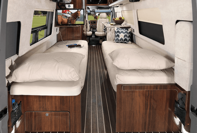 Airstream Interstate Grand Tour Ext Twin Bed Extended