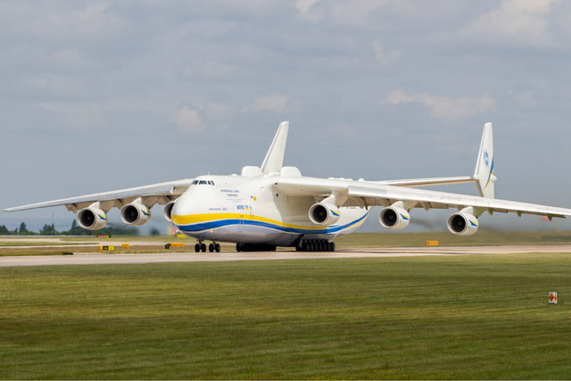 stratolaunch dwarves other aircraft antonov