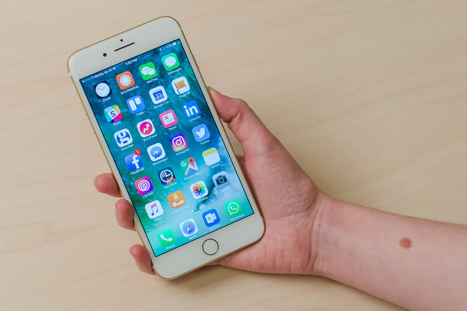 Your smartphones there s big news in the world of mobile shopping - Apple Iphone 7 Plus