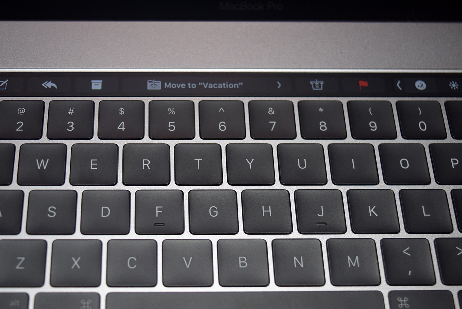 3cd495370c4 Apple's 2018 MacBook Pro Keyboard Comes With a Fix for Sticky Key Issues |  Digital Trends