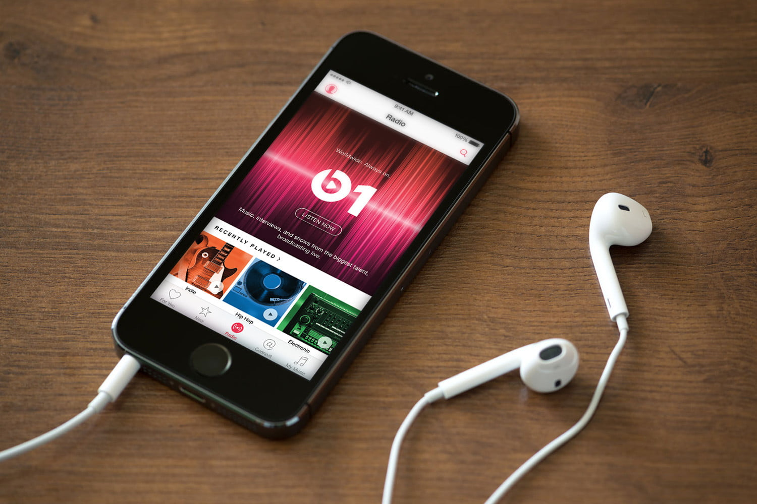 Apple Music encourages subscribers to give friends a free 1-month pass